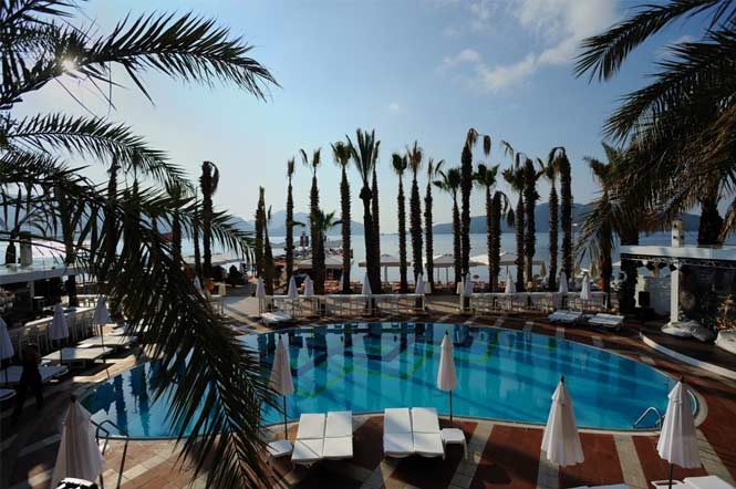 All inclusive elegance hotel pool 2