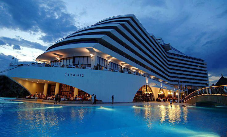 Low Cost Holiday Guide to Antalya -Titanic Beach resort